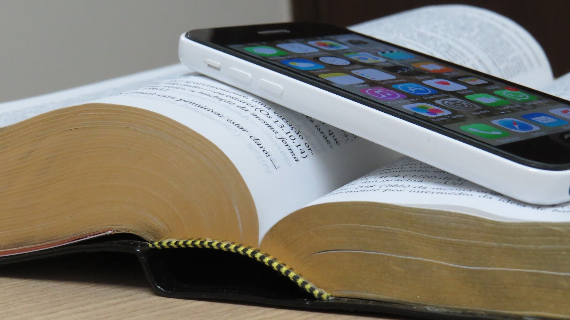 'Reading the Bible through in a year' – May schedules now on line.